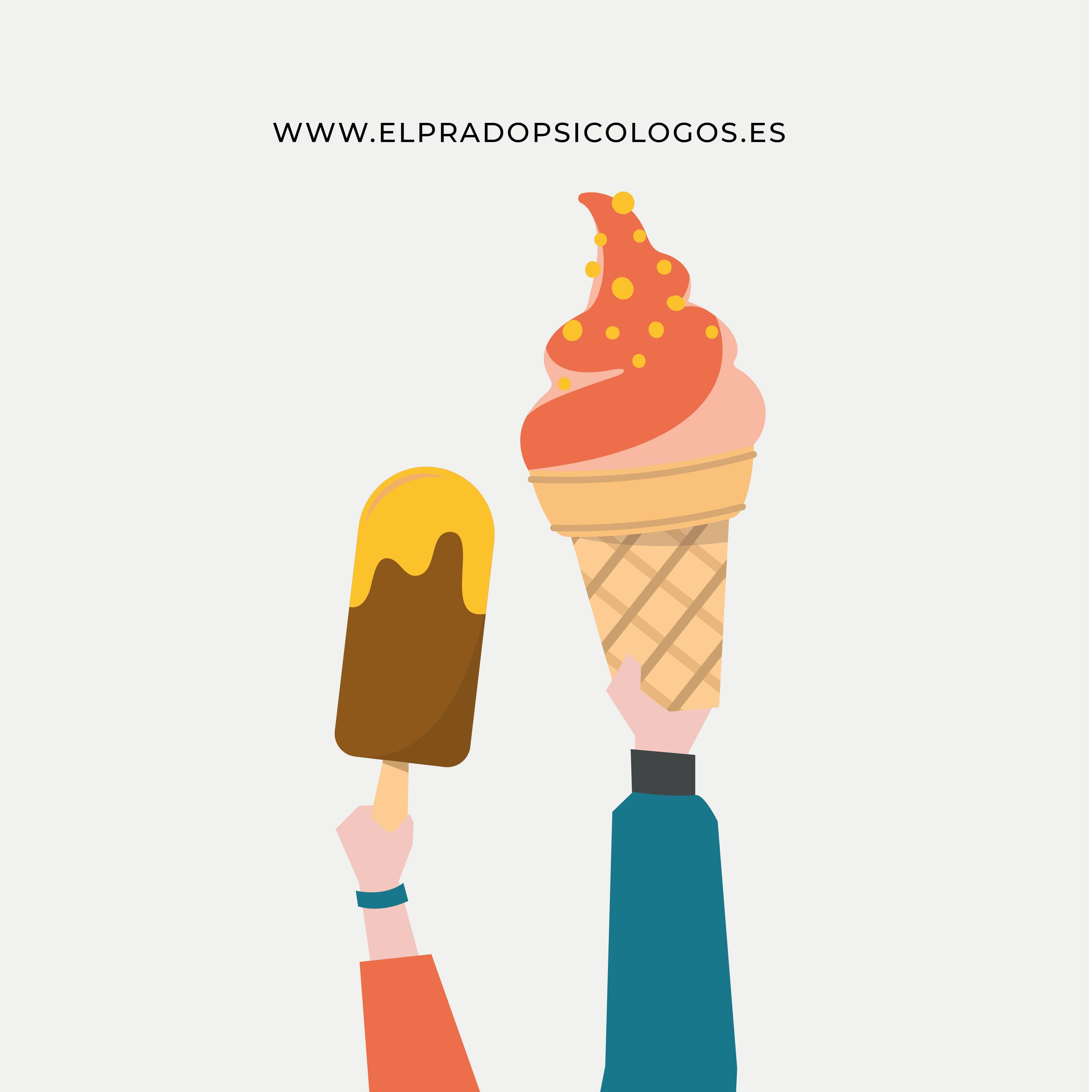 mujer con un helado que come por hambre emocional