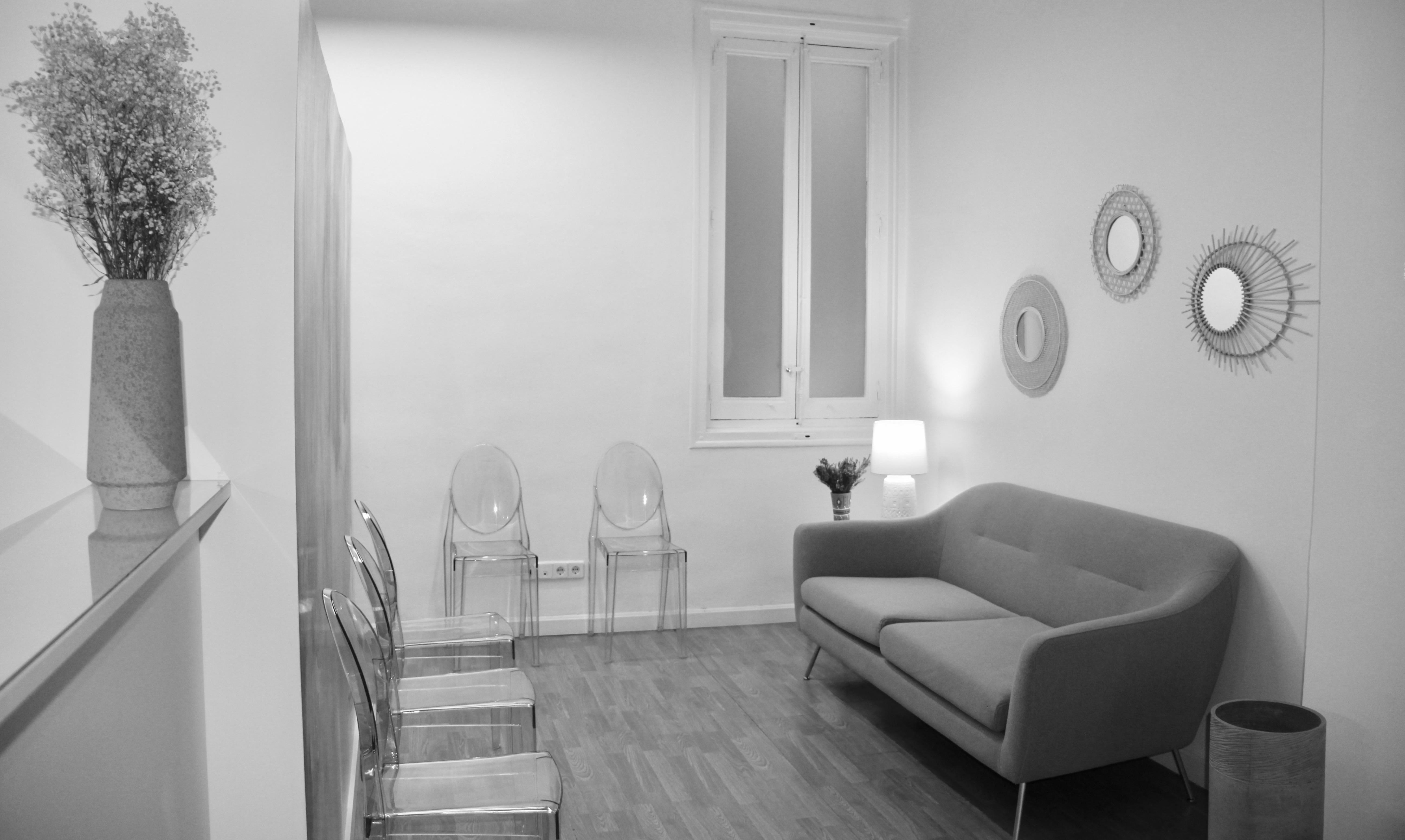 Sala Espera Oficina Calle Núñez de Balboa Madrid. El Prado Psicólogos