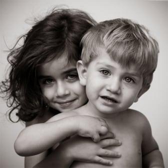 como evitar celos hermanos