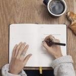 Cinco ejercicios de escritura terapéutica para afrontar los problemas